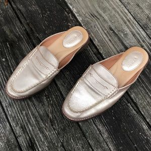 Sperry Seaport Mules pretty gold Champagne 8.5